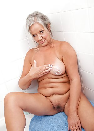 Bath Porn