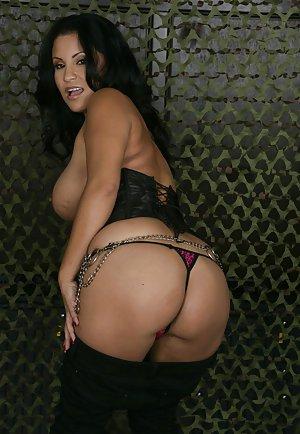 Latina Milfs Porn