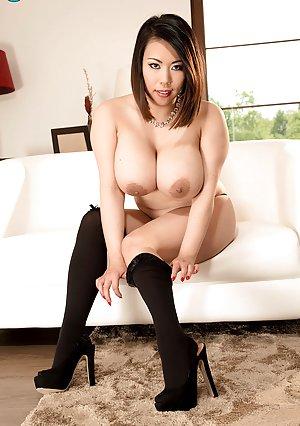 Asian Milfs Porn